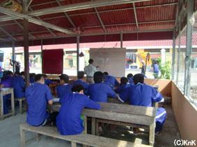 文字の読み書きから始まった識字教室