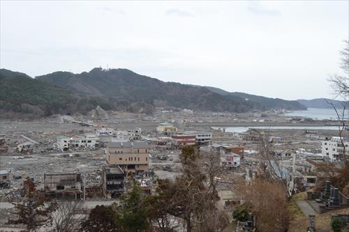 2011年4月:町の中心部が壊滅状態に(大槌町)
