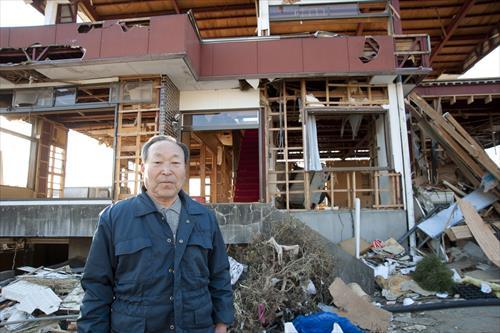2011年3月:全壊した商店の店主(大船渡市)