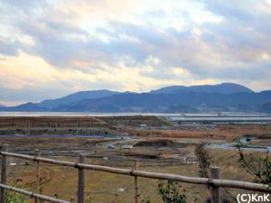 盛り土がすすむ、現在の陸前高田市の様子