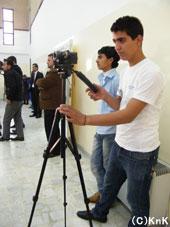 学んだビデオ撮影の腕前を生かして記録を担当。