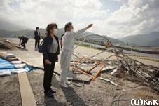 校舎が全壊してしまった 釜石東中学校を視察中