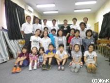 日本人学校とコヒスタンの子どもたちの模擬交流