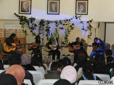 音楽クラスによるギター演奏