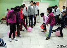 CPによる孤児院での活動の様子