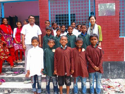 近くの小学校の子どもたちに着せてみました!かわいい!!