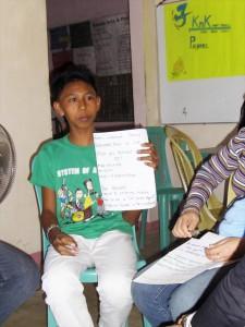 ボランティア時代。将来の夢は「学業を終え、コールセンターで働いてお金持ちになること」(2009年/16歳)