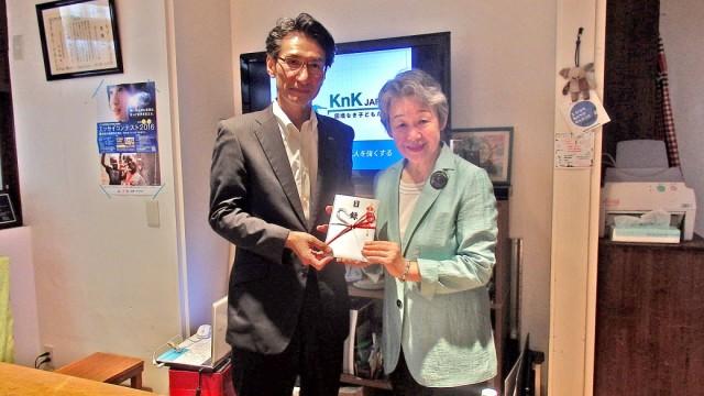 三井ダイレクト損害保険株式会社 麻喜執行役員(左)とKnK寺田会長(右)